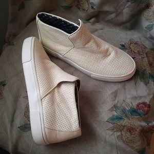 Mid Hightop slip on shoes